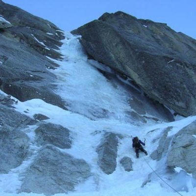 Fil a Plomb (III, 4+) 700m North Face Rognon du Plan