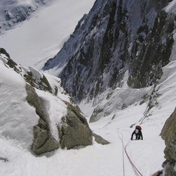 Lagarde Couloir (IV, 3 1000m) North Face Les Droites
