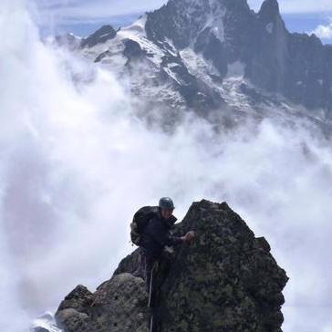 Mani Pulite, 180m, 5b+, Aiguille de la Gliére