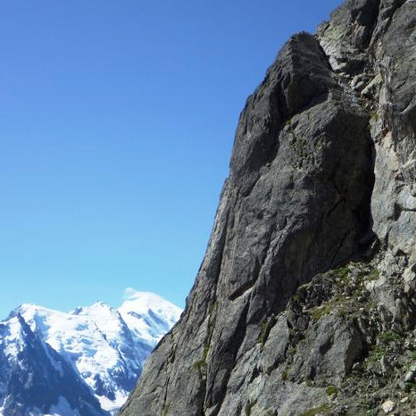 Voie Gaspard, 6a (or 5b with 1PA), 200m, Pointe Gaspard, Aiguilles Rouges