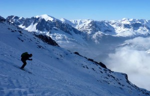 Skiing the NE Facing Glacier Des Rognons From Les Grands Montets
