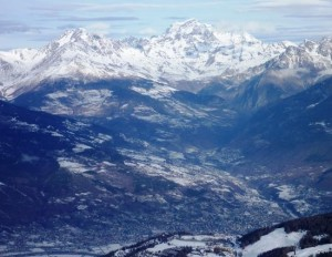 A Slice of the Magnificent Panoramic Alpine Views From Pila