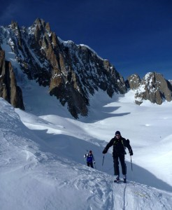 Ski journey across the head of the Vallee Blanche Chamonix
