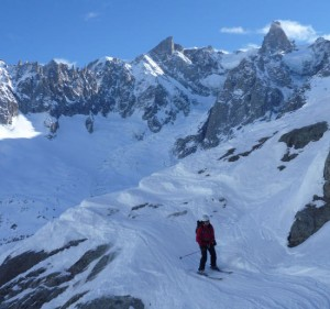 Traverse above the Requin Couloir in the Vallee Blanche