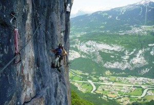 The Crux 6b Traverse of Christian Anselme Les Vuardes