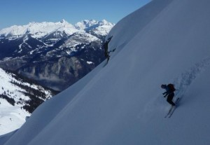 Superb Powder Skiing on the Quatre Tete North Face