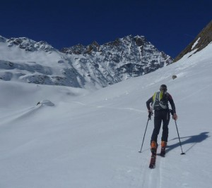 Skinning up the Vallon des Charmonts en route to the Col du Berie Blanc