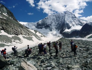 An-Expedition-Atmosphere-is-Created-by-the-Huge-Glacier-Amphitheater-North-Faces-Above